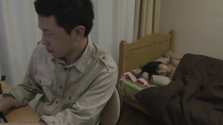 熟女の不倫無料jyukujyo動画。夫に罪悪感を感じながらも不倫セック...